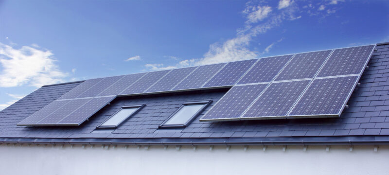 Are you thinking about switching to solar as your home's primary energy source? These are all of the benefits of going solar.